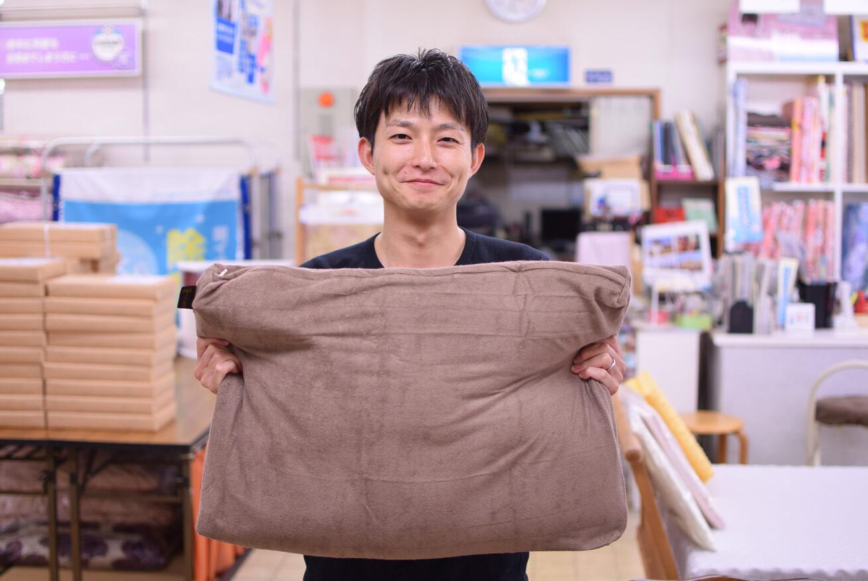 連休初日は高知県や松山市からオーダーメイド枕のお客様が!